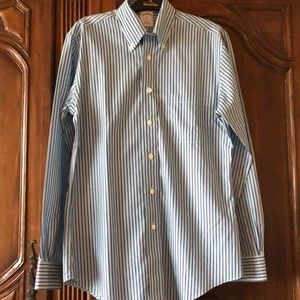 Brook Brothers slim fit button down Size S